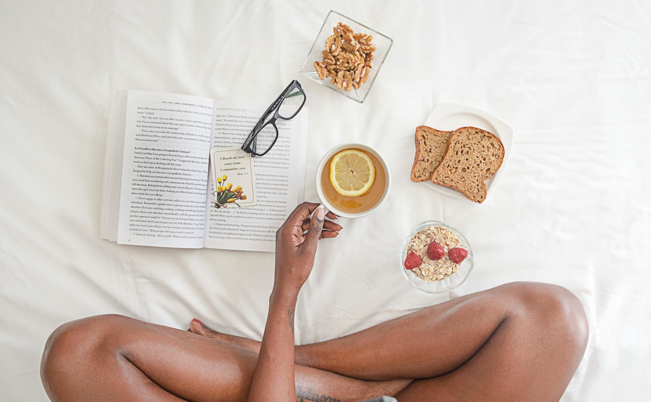 9 HABITS TO ADD TO YOUR MORNING ROUTINE FOR A GREAT DAY